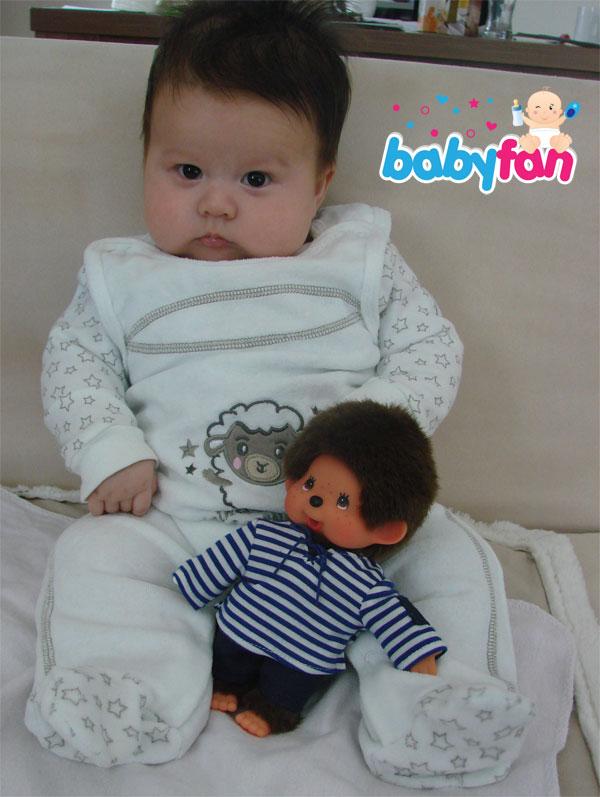 Entwicklung Baby sitzen