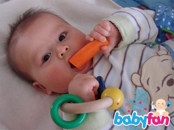 Zahnen Baby